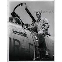 1966 Press Photo Captain McCallum & his supersonic plane - nem07635