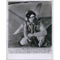 1954 Press Photo Herman Salmon, Lockheed test pilot in LA Calif.