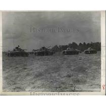 1943 Press Photo A platoon of tanks at amp Campbell, Ky