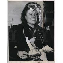 1941 Press Photo Miss Megan Taylor, world's champion figure skating. - nes11505