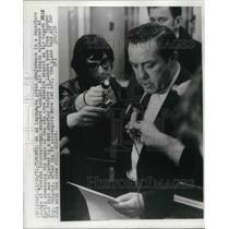 1971 Press Photo Toronto, Canada Air Canada spokesman Al Martin, DC9 hijacking