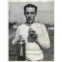 "1932 Press Photo Carmelo Robledo Feather Weight Champ drinks ""MATE"" Olympic"