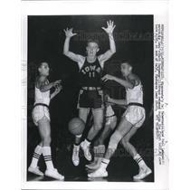 1961 Press Photo Minn, Cal Sabitini, Paul Lehman vs Iowa's Matt Szykowny