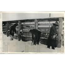 1931 Press Photo Fuel & Food Shortage Endanger Navajo Mission in Arizona