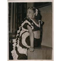 1936 Press Photo Miss Betty Watson in Rhumba Costume at Sands Point Bath Club