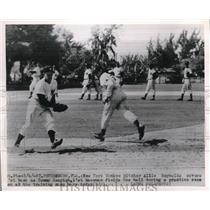 1950 Press Photo St Petersburg, Fla Yankees Allie Reynolds, Tom Henrich