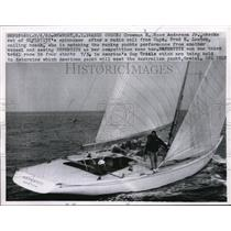 1962 Press Photo Newport RI E Ross Anderson Jr on Nefertiti in yacht race
