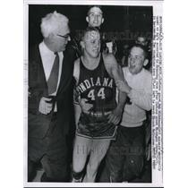 1958 Press Photo Indiani guard Bob Wilkinson fater win vs Mich State - nes19157