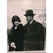 1920 Press Photo T. Asabuki and wife interested in Lawn Tennis Assn. for Japan