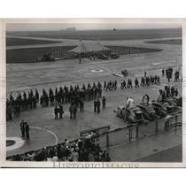 1938 Press Photo Round the world flight lands at NY Floyd Bennett field