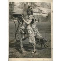 1924 Press Photo Jean DeRousse, Philadelphia socialite, dressed for Charity Show