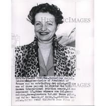 1953 Press Photo New York Mrs Jacqueline Auriol wins award