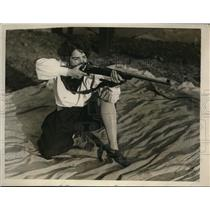 1929 Photo Drexel Institute Rifle Team Manager Miss Alice Waite Shooting