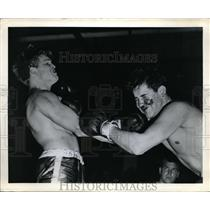 1950 Press Photo Teen age boxers in action in photo contest photo - nes20532