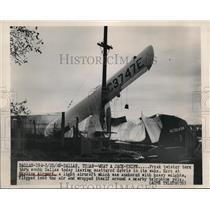 1949 Press Photo Dallas Texas Skyline airport planes wrecked by a tornado