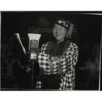 1937 Press Photo Jack Oakie in his role as president of Jack Oakie's College