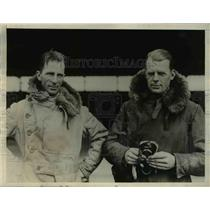 1929 Press Photo Lt LM Gillman & Lt CR Carr non stop flight attempt
