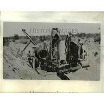 1932 Press Photo Placer mining with portable unit at Hot Springs Junction Az