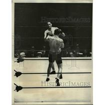 1931 Press Photo Victorio Campolo Defeated by Ernie Schaaf at Ebbets Field