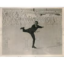 1929 Press Photo Mr. Leslie White Winner Of The Lytton Skating Cup Competition
