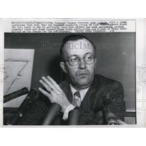 1957 Press Photo Vanguard Project Director John P. Hagen tells a press