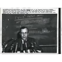 1957 Press Photo Dr. John P. Ragen, Chief of the Vanguard Satellite product