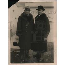 1922 Press Photo Major E Daly & Captain JH Dawson Members of American Relief Tea