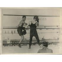 1930 Press Photo Quintero Manuel Training with Sammy Mandell in Miami Beach