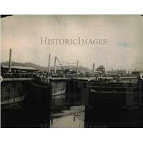 1913 Press Photo Gates of Miraflores opening to allow waters to enter
