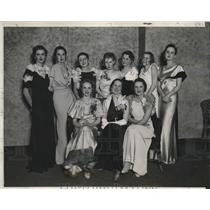 1933 Press Photo Big Ten Queen at the Northwestern Charity Carnival Ball, Chi
