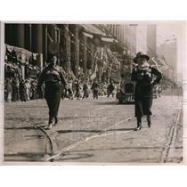 1936 Press Photo Arizona Cowgirls March American Legion Parade in Cleveland