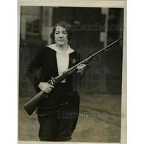 1928 Press Photo Philadelphia Pa Betty Funston coed rifle team at U of Pa