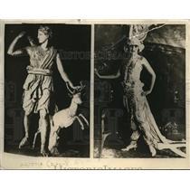 1923 Press Photo Lorada Taft Noted Sculptor As Greek Diana & Mary McDonald