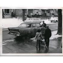 1958 Press Photo Joe Humm Brooklyn Parma Cab Driver
