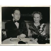 1936 Press Photo Doris Dudley, blonde actress, daughter of Bide Dudley,