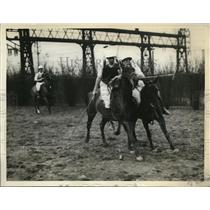1929 Press Photo Univ. of Pennsylvania members of the Polo Team during practice