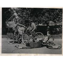 1937 Photo Polo game on cheap. LA boys get creative how they play