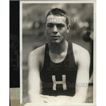 1930 Press Photo G W Kuehn of Chicago after he won the 10 lb shotput for