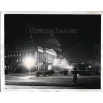 1941 Press Photo Capitol Dome in Darkness for Air Raid