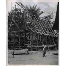1955 Press Photo frame of a typical Batak house in Sumatra