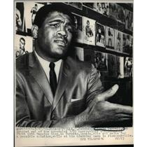 1966 Press Photo Ernie Terrell dropped out of the scheduled 3/29 heavyweight