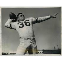 1947 Press Photo Bill Crowley Santa Clara University Football Quarterback