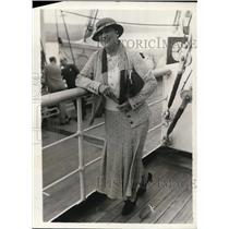 1934 Press Photo Mary Roberts Rinehart Nvvalist Aboard Aquintania