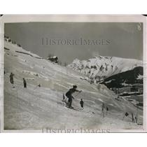 1929 Press Photo Ms. Diana King during Slalom racing for the Andrew Irvine