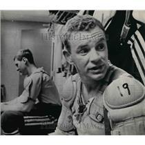 1968 Press Photo Terry Crisp of St Louis Blues Tim Ecclestone