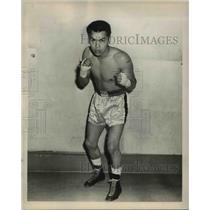 1959 Press Photo Boxer Eddie Chavez