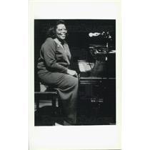 Press Photo Woman Playing Piano