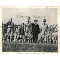 1942 Press Photo Peekskill, NY Gov HH Lehman, Brig Gen EM Podeyn & Natl Guard
