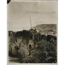 1927 Photo Duke Beaufort gives Oystermouth Castle to town Swansea