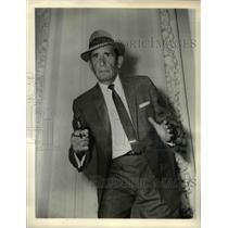 1941 Press Photo Victor Jory stars as Howard Finucane in Manhunt - orp16402
